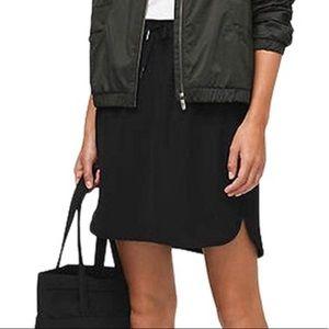 Lululemon On The Fly Skirt Black Sz 10 New Travel